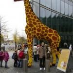 Giraff med Björn, Sony-Center i Berlin